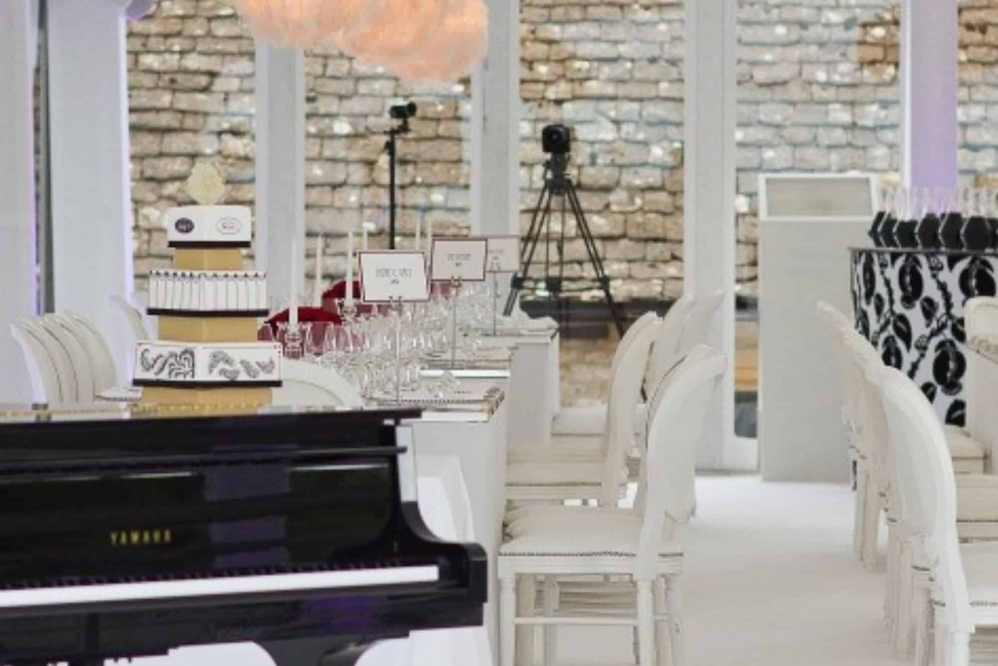 Grand piano and dining space