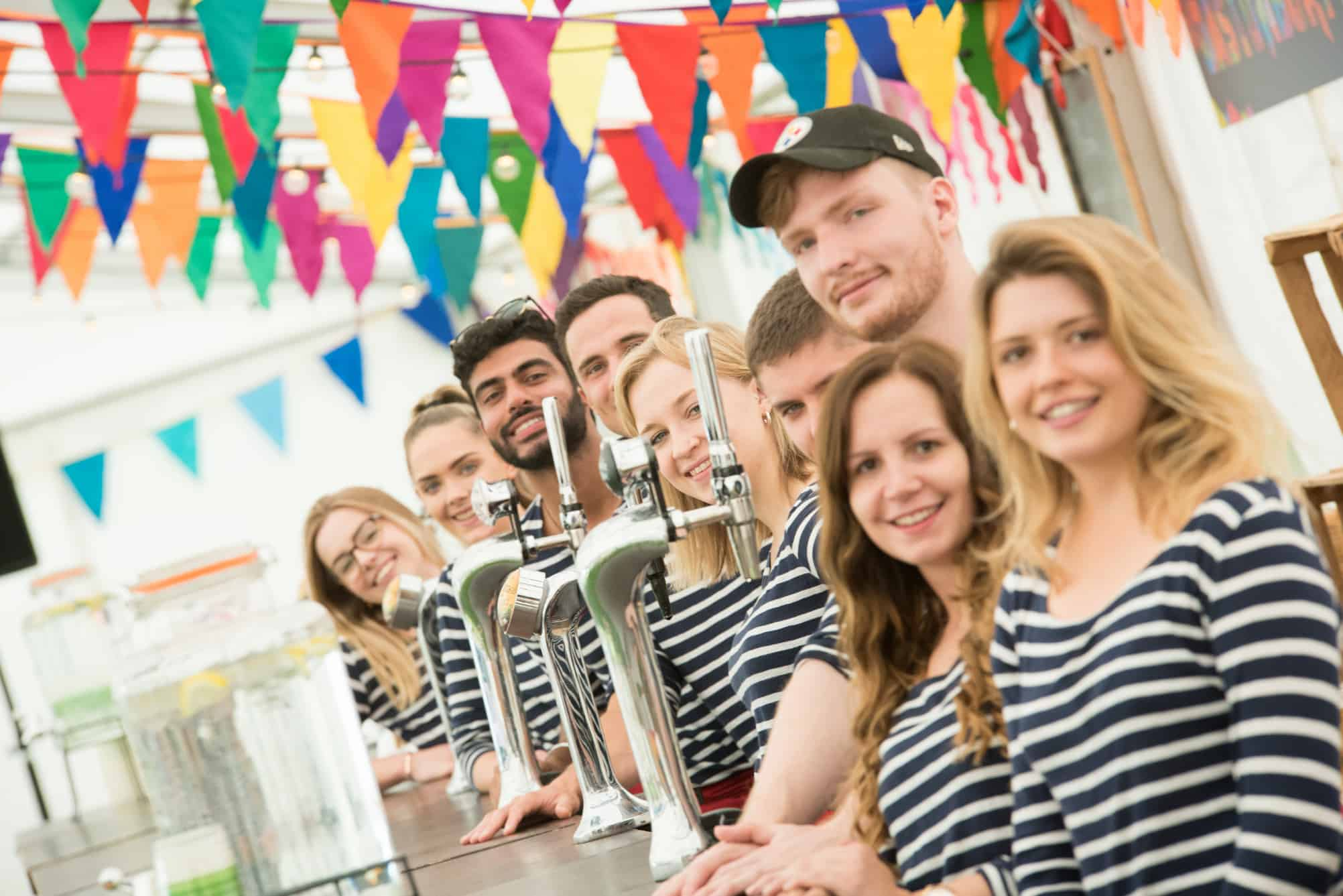 Event-staff-bar